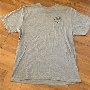 MENS Gray YETI T-Shirt musky trout tarpon tuna